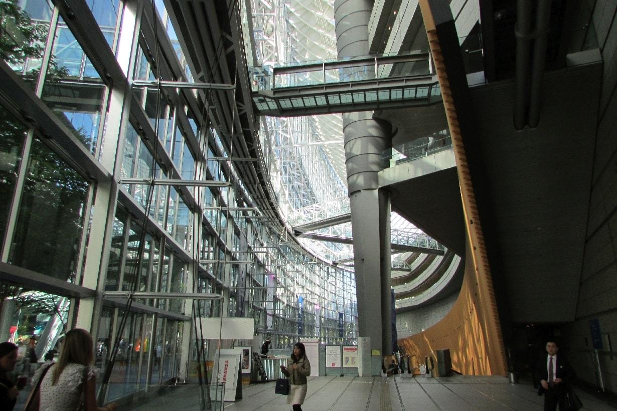 Tokyo International Forum Marunouchi Chiyoda-ku escalator internal view